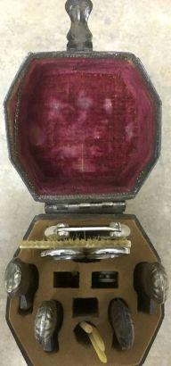 Birks Box, 4 razors Pipe 1d